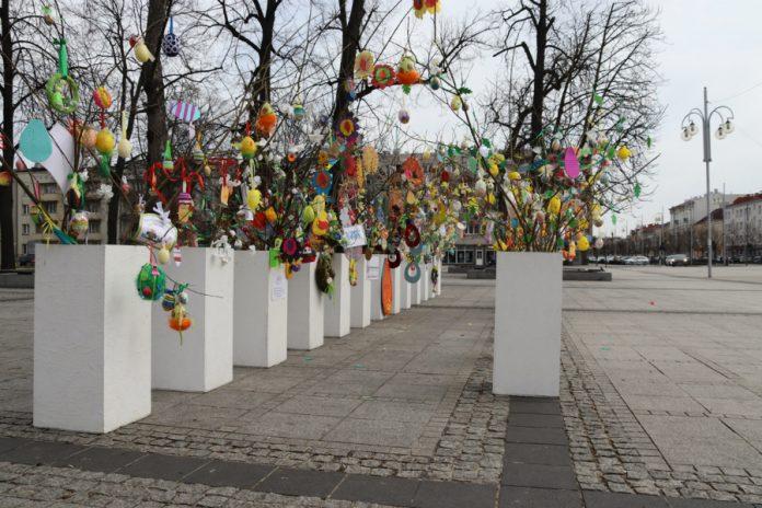 Na częstochowskim Placu Biegańskiego widać już Wielkanoc 12