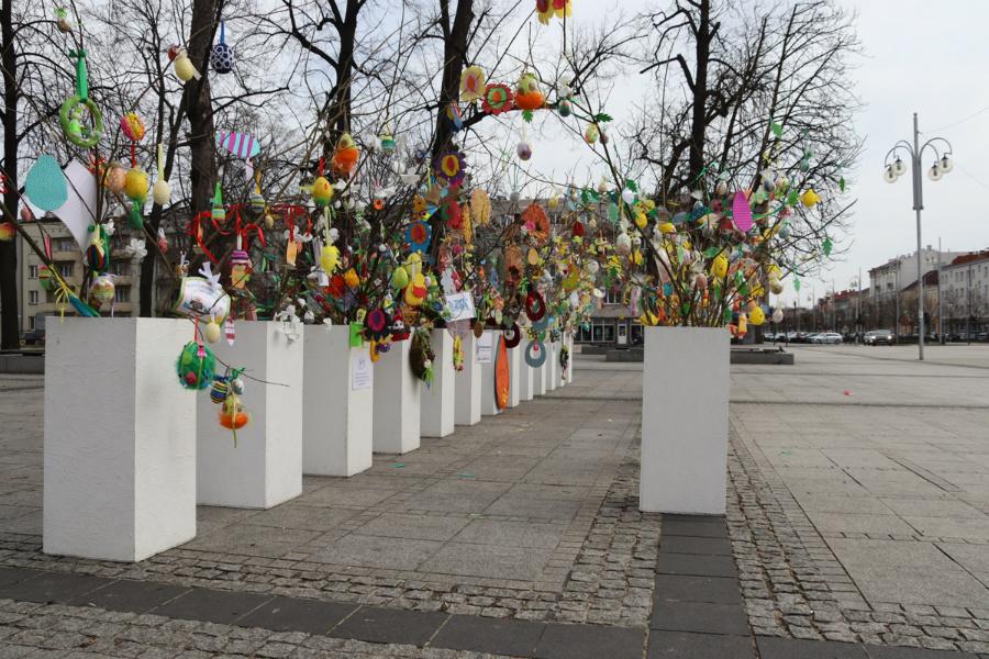 Na częstochowskim Placu Biegańskiego widać już Wielkanoc 6