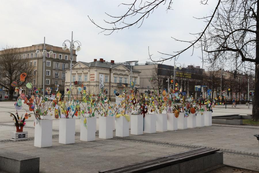 Na częstochowskim Placu Biegańskiego widać już Wielkanoc 8