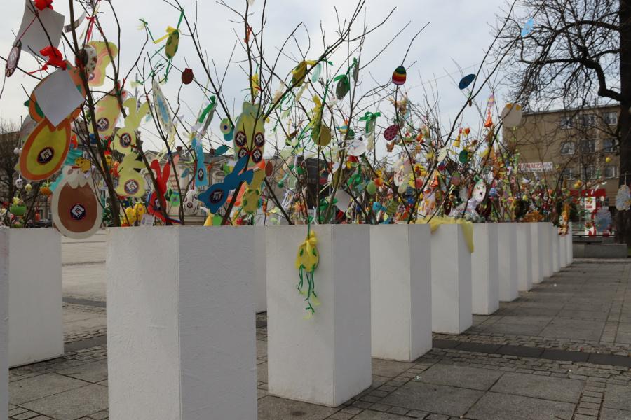 Na częstochowskim Placu Biegańskiego widać już Wielkanoc 9