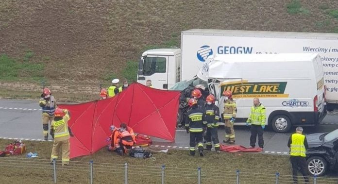 Tragedia na A1 w okolicach Mykanowa, zginął 22-latek 2