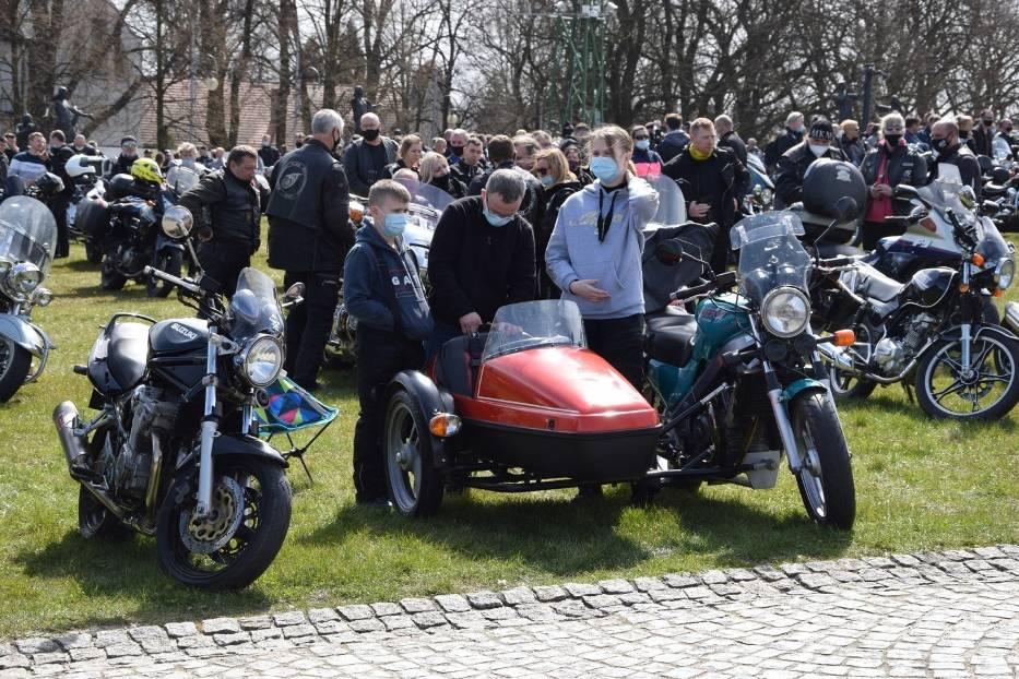 Tegoroczny sezon motocyklowy rozpoczęty mszą na Jasnej Górze 12