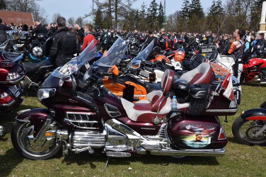 Tegoroczny sezon motocyklowy rozpoczęty mszą na Jasnej Górze 10
