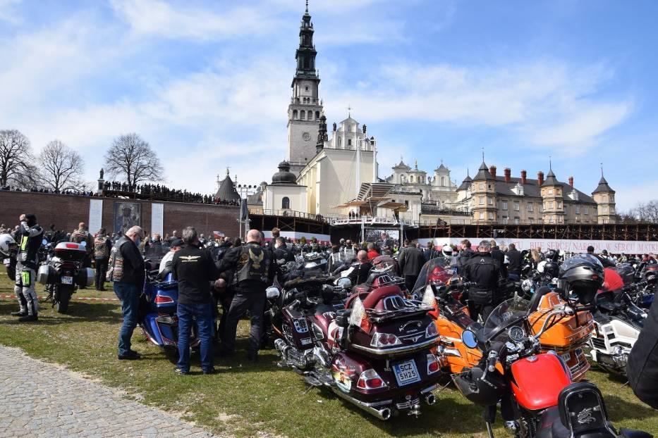 Tegoroczny sezon motocyklowy rozpoczęty mszą na Jasnej Górze 9