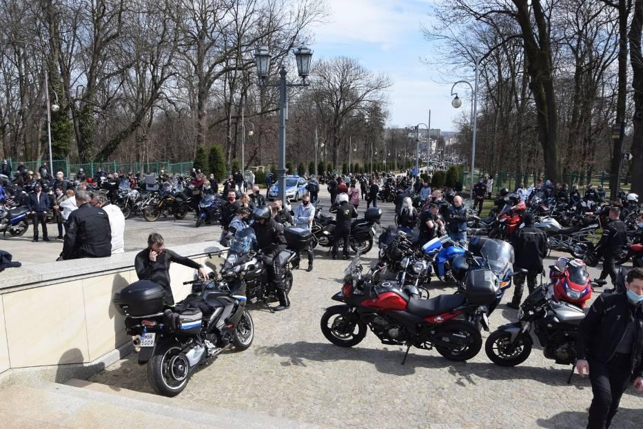 Tegoroczny sezon motocyklowy rozpoczęty mszą na Jasnej Górze 6