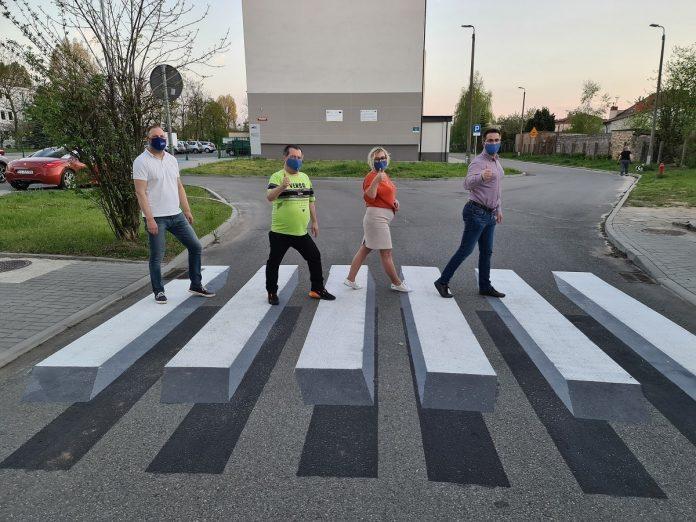 W Częstochowie powstało pierwsze przejście 3D dla pieszych 6