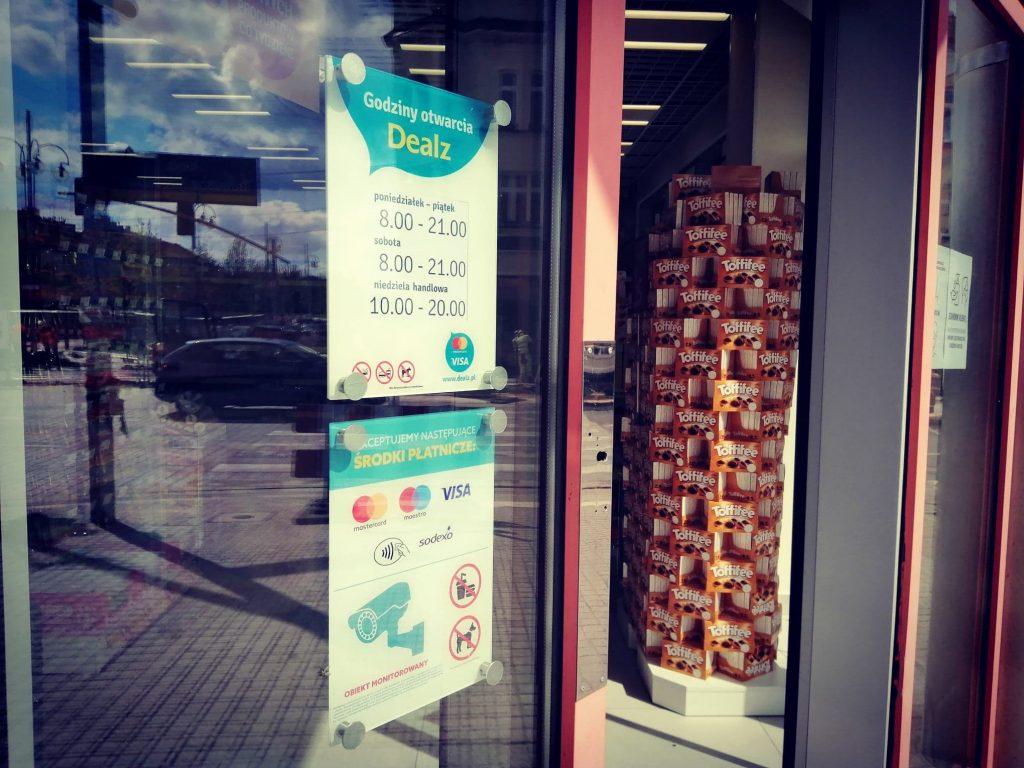 Dealz na miejscu Super-Pharm. Nowy sklep w częstochowskich Alejach 3