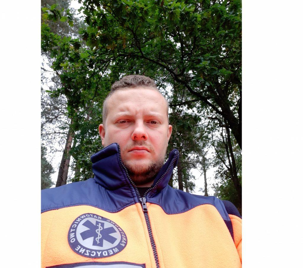 Ratownik medyczny związany z Częstochową walczy z chorobą nowotworową. Warto mu pomóc! 1