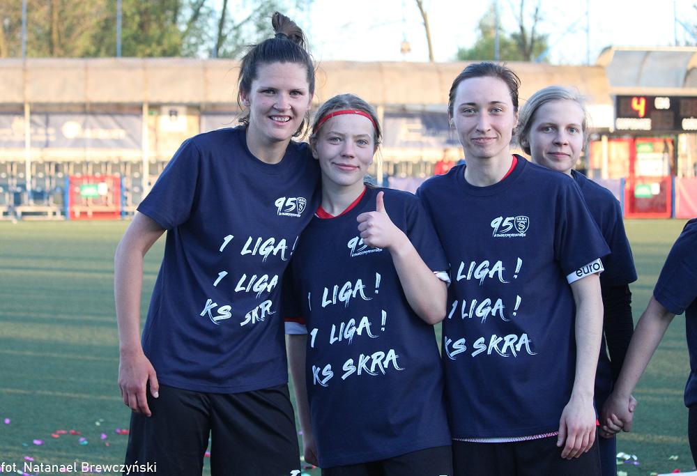 Piłkarski Skra Ladies wywalczyły awans do I ligi. Duże brawa! 1