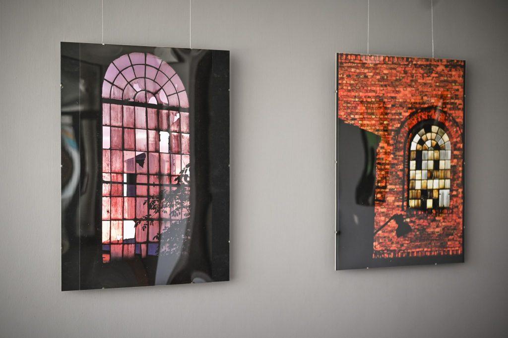 OPK. Zobacz w Częstochowie wystawę Elżbiety, Lecha i Piotra Ledeckich oraz Magdaleny Kmiecik 1