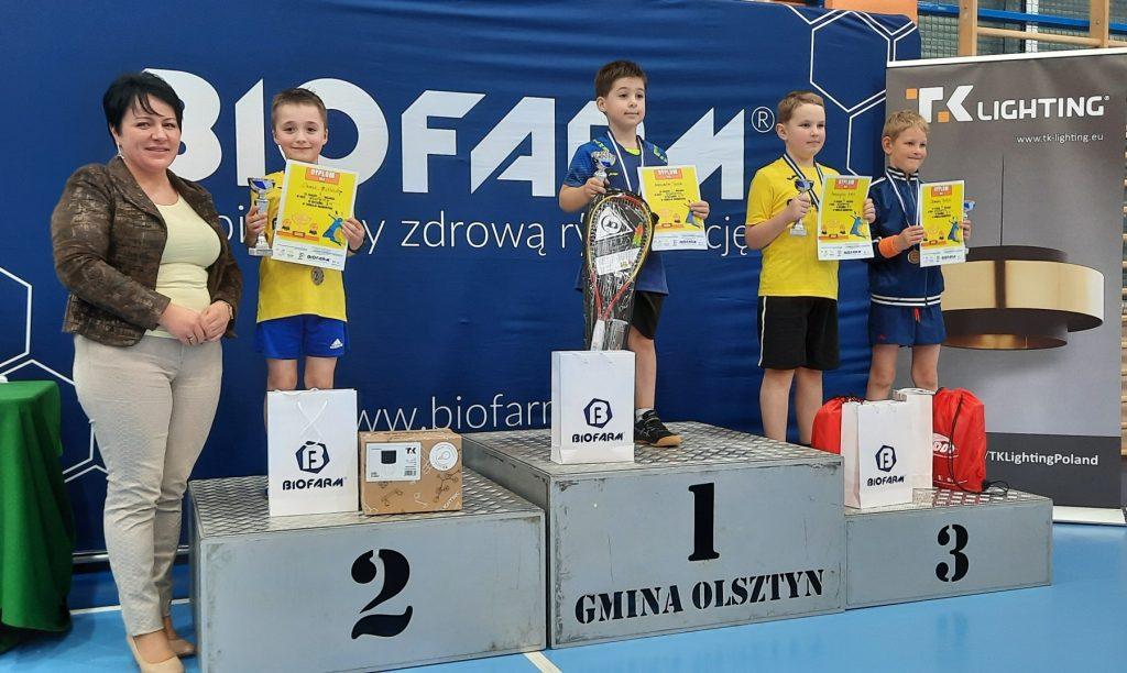 """Sukcesy medalowe ULKS """"LOTKA"""" w Krajowych Zawodach Badmintona 7"""
