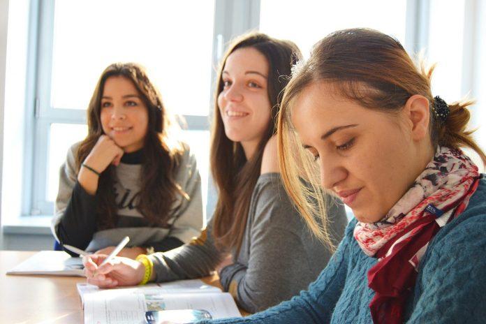 W miejskich szkołach w Częstochowie na absolwentów podstawówek czeka ponad 3 tysiące miejsc 2