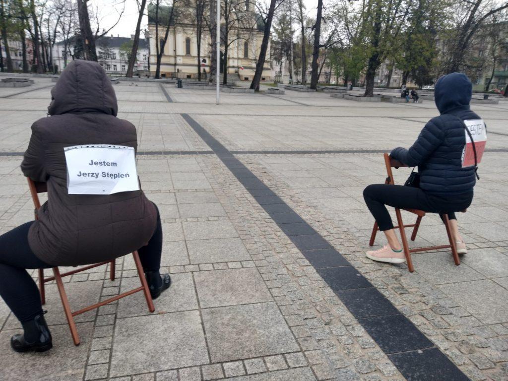 Strajk Kobiet w Częstochowie nie odpuszcza. Kolejna akcja na Placu Biegańskiego 8