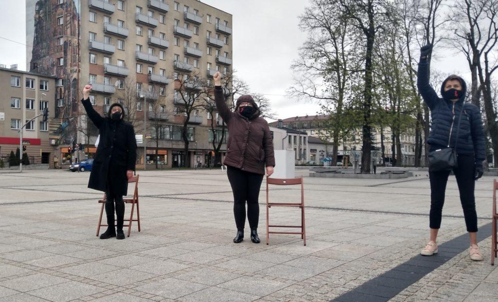 Strajk Kobiet w Częstochowie nie odpuszcza. Kolejna akcja na Placu Biegańskiego 16