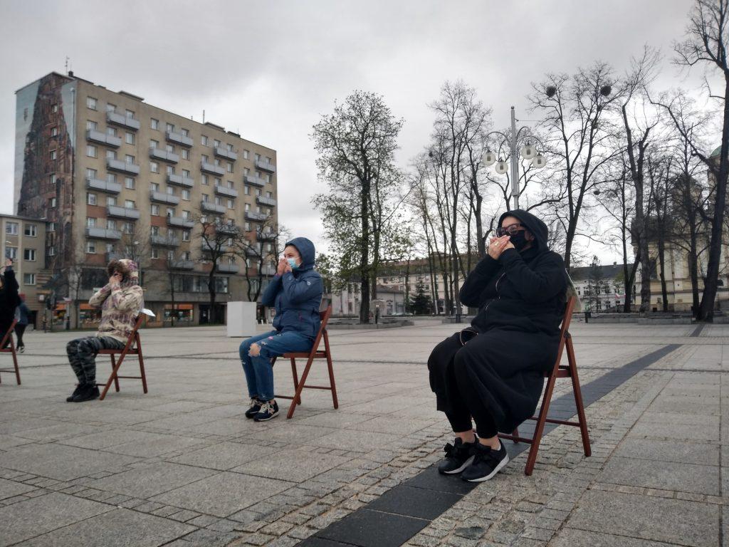 Strajk Kobiet w Częstochowie nie odpuszcza. Kolejna akcja na Placu Biegańskiego 3