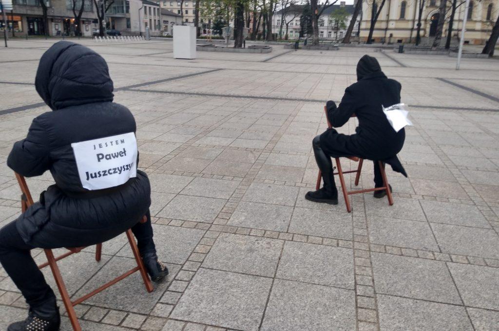 Strajk Kobiet w Częstochowie nie odpuszcza. Kolejna akcja na Placu Biegańskiego 7