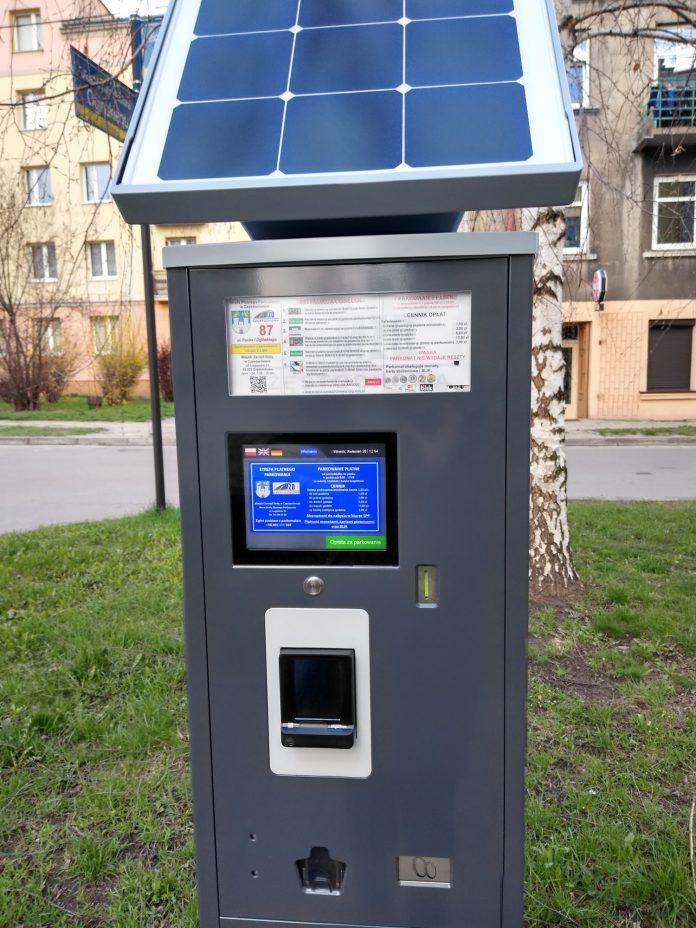 Przybywa nowych parkomatów na miejskich parkingach. MZD nagrało film instruktażowy, jak je obsługiwać 2