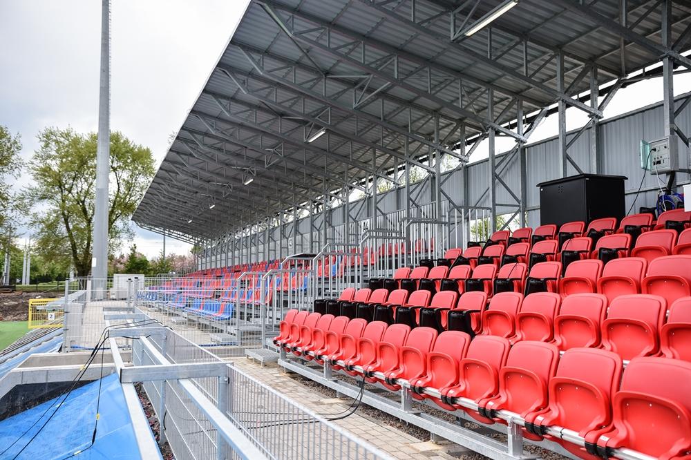Miasto gratuluje Rakowowi sukcesów i w porozumieniu z klubem występuje do ministerstwa sportu o dofinansowanie drugiego etapu modernizacji Centrum Piłki Nożnej na stadionie klubu piłkarskiego 6
