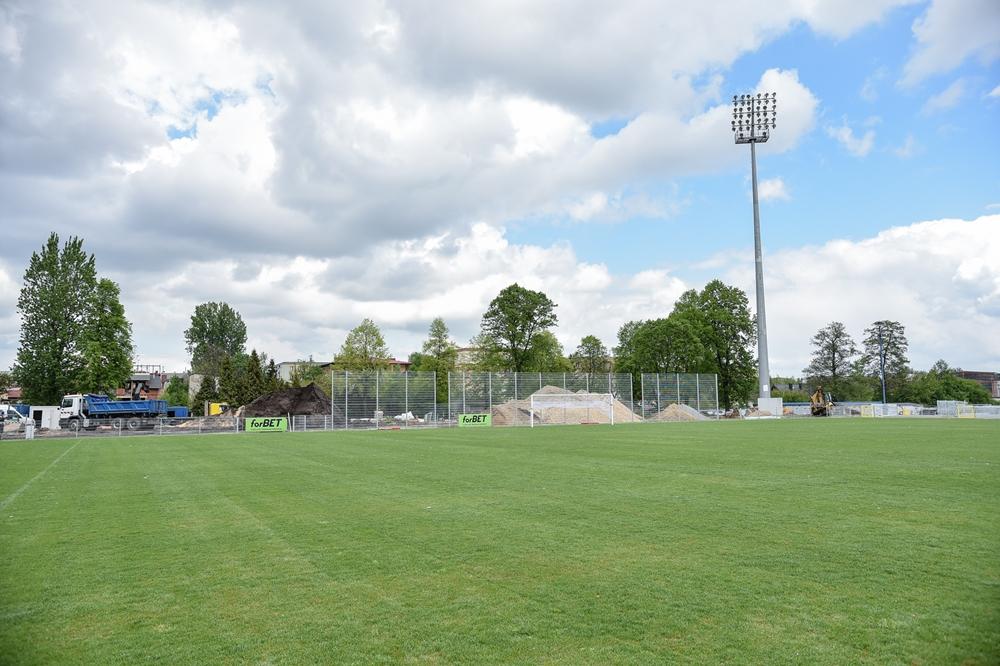 Miasto gratuluje Rakowowi sukcesów i w porozumieniu z klubem występuje do ministerstwa sportu o dofinansowanie drugiego etapu modernizacji Centrum Piłki Nożnej na stadionie klubu piłkarskiego 9