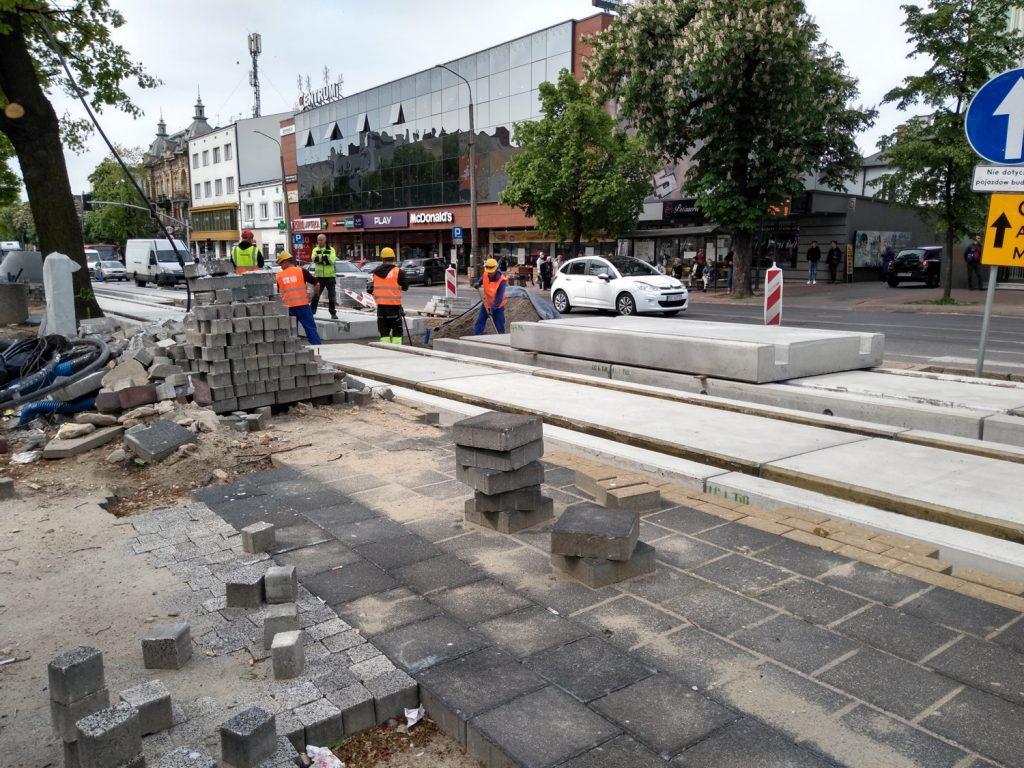 Zobacz, jak postępują prace przy budowie torowiska w Śródmieściu Częstochowy 14