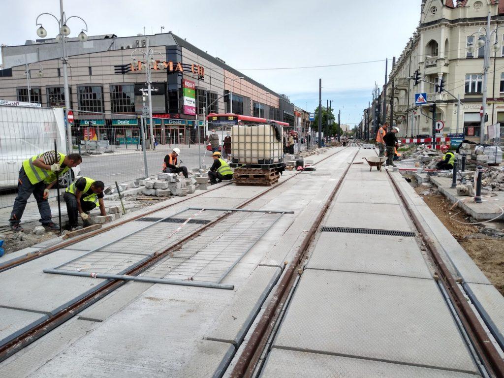 Zobacz, jak postępują prace przy budowie torowiska w Śródmieściu Częstochowy 16
