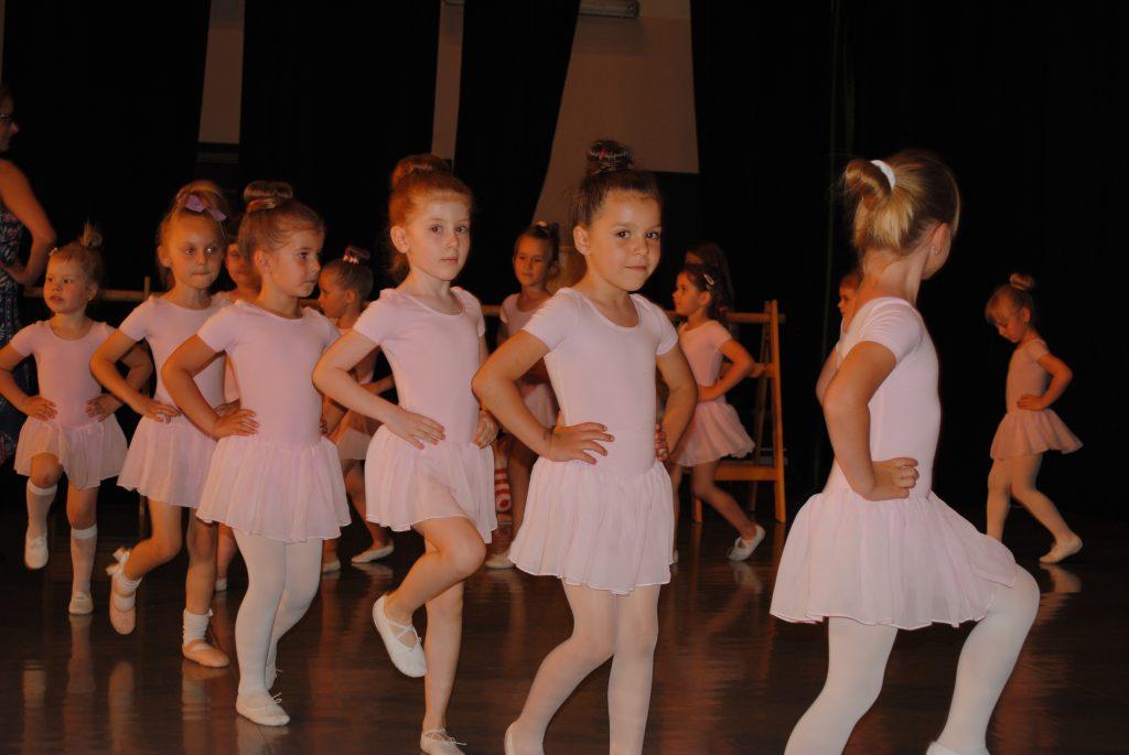 Zatańcz w balecie. Ognisko Baletowe w Żarkach czeka 1