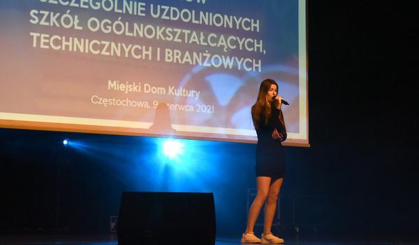 74 najzdolniejszych uczniów otrzymało Nagrody Prezydenta Miasta Częstochowy [LISTA NAZWISK] 5