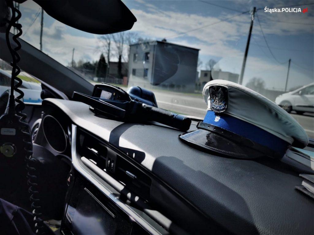 Noga z gazu, policja przez cały długi weekend zwiększa kontrole na drogach 3