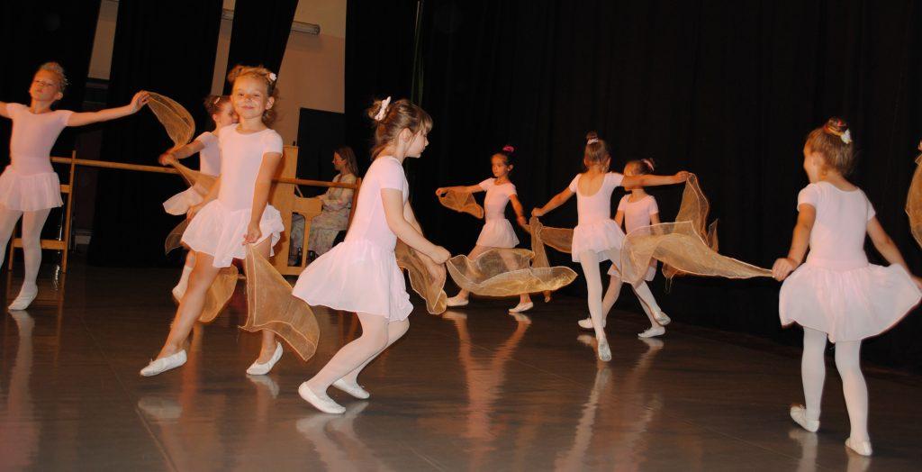 Zatańcz w balecie. Ognisko Baletowe w Żarkach czeka 9