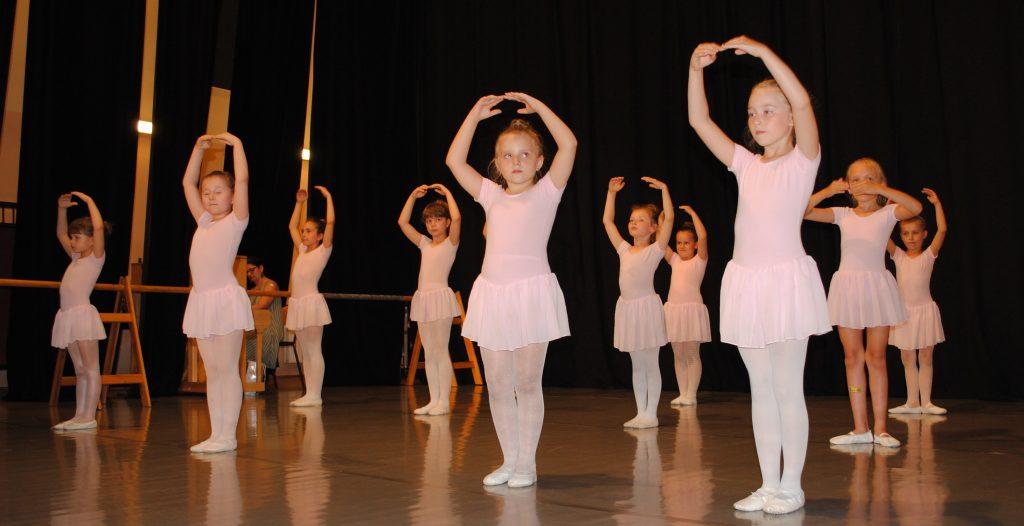 Zatańcz w balecie. Ognisko Baletowe w Żarkach czeka 10