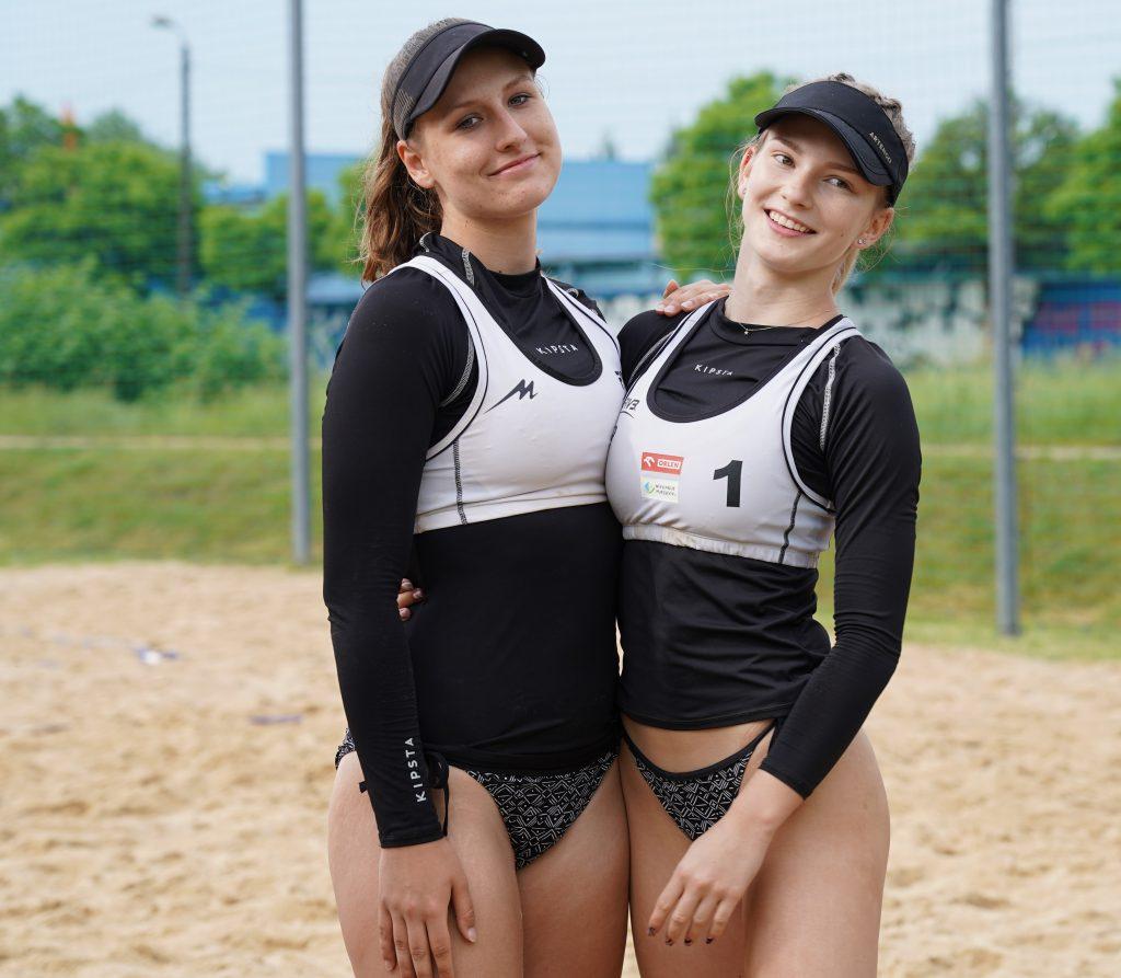 Patrycja Świąć i Martyna Chmielewska na podium w turnieju półfinałowym kadetek w Częstochowie 8
