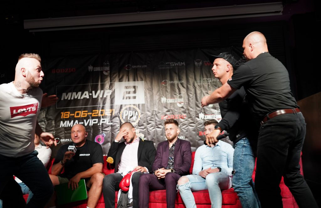 Już 18 czerwca w Częstochowie gala Marcina Najmana MMA VIP-2. A na konferencji prasowej znów było gorąco... 29