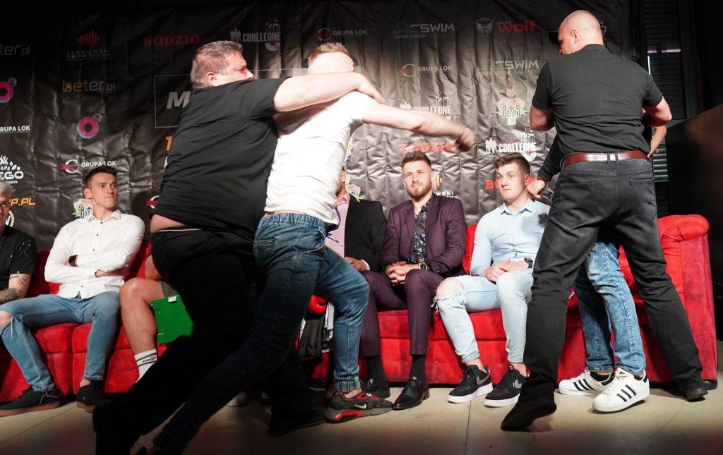 Już 18 czerwca w Częstochowie gala Marcina Najmana MMA VIP-2. A na konferencji prasowej znów było gorąco... 28