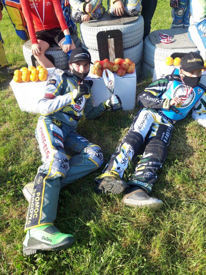 Kolejne sukcesy zawodników UKS Speedway Rędziny 4