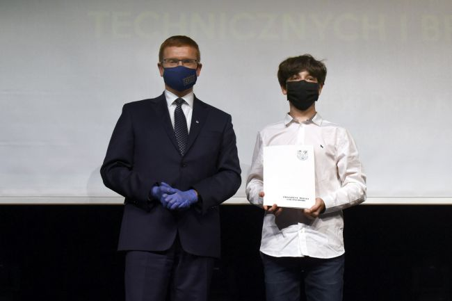 74 najzdolniejszych uczniów otrzymało Nagrody Prezydenta Miasta Częstochowy [LISTA NAZWISK] 8