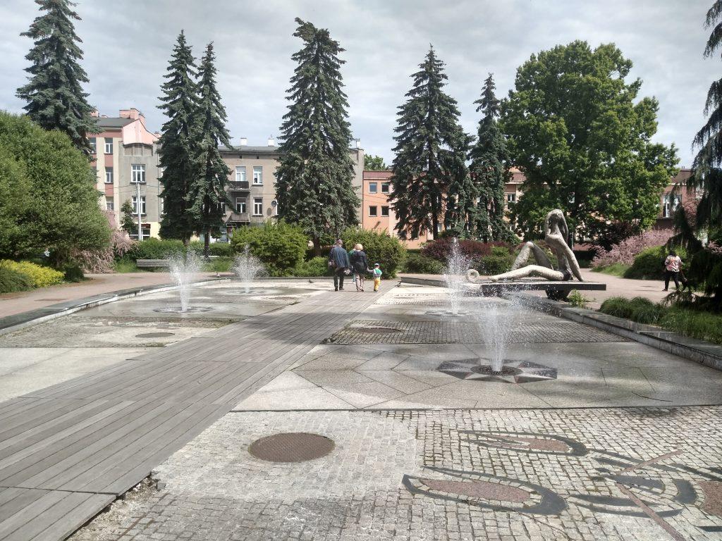 W Częstochowie włączono miejskie fontanny 6