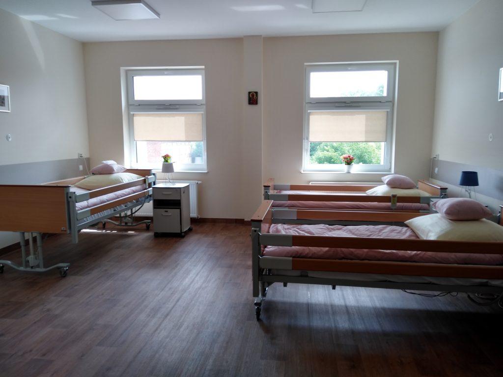 Częstochowskie hospicjum ma nową siedzibę. Mieści się ona w centrum miasta, a opiekę znajdą tam docelowo zarówno dzieci, jak i dorośli 13