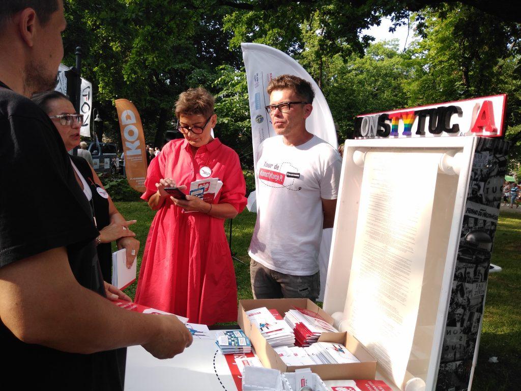 Tour de Konstytucja w Częstochowie. Zobacz, jak wyglądał piknik pod Dębem Konstytucji w Parku 3 Maja. 12