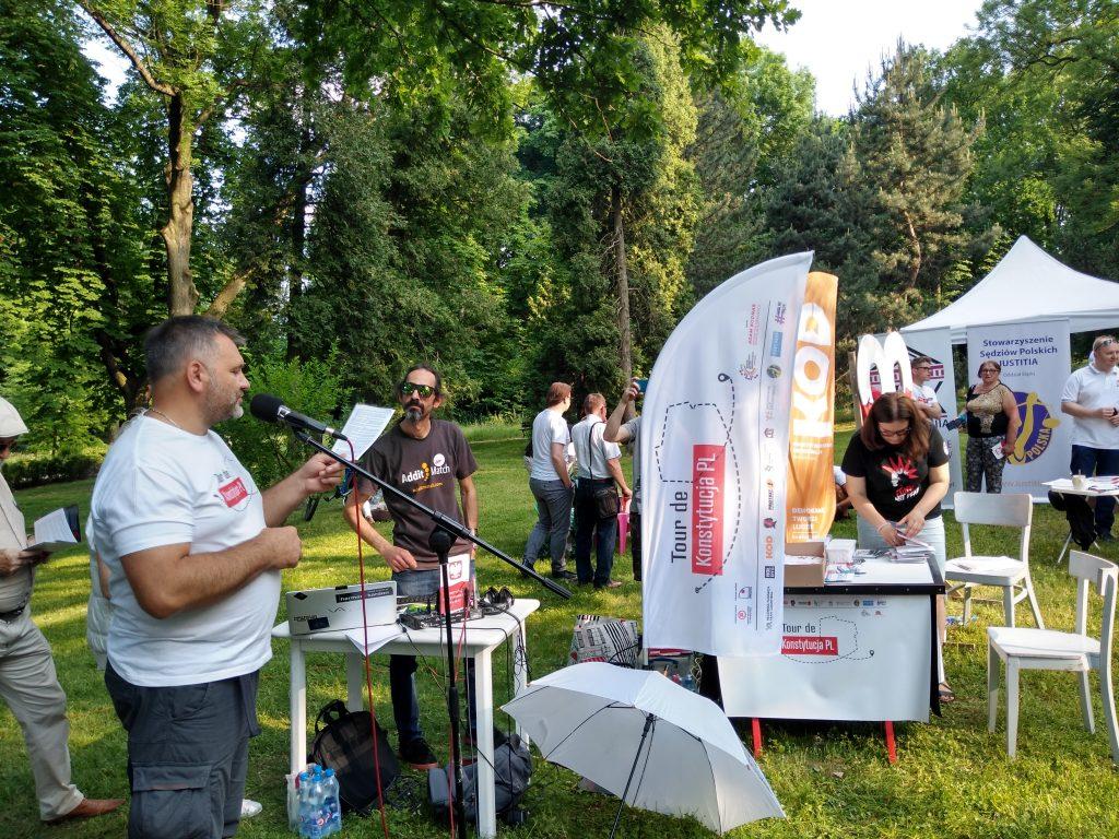 Tour de Konstytucja w Częstochowie. Zobacz, jak wyglądał piknik pod Dębem Konstytucji w Parku 3 Maja. 25