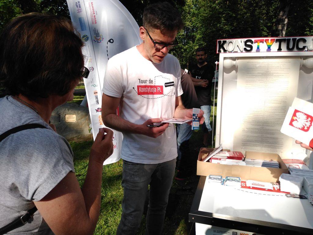Tour de Konstytucja w Częstochowie. Zobacz, jak wyglądał piknik pod Dębem Konstytucji w Parku 3 Maja. 6