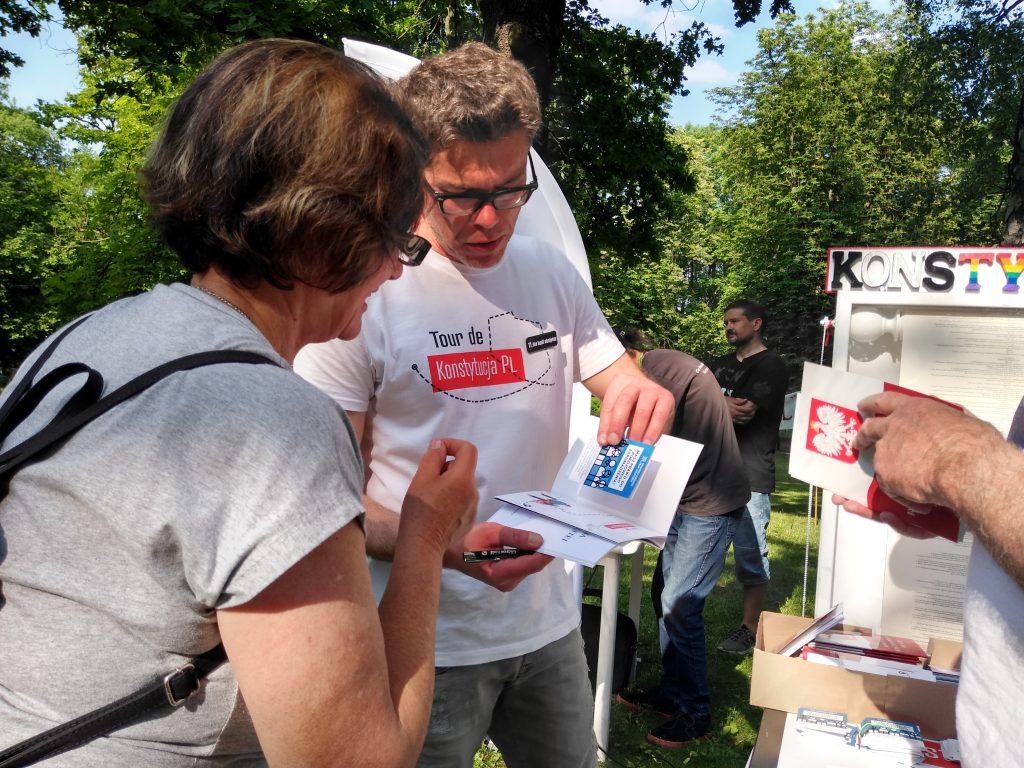 Tour de Konstytucja w Częstochowie. Zobacz, jak wyglądał piknik pod Dębem Konstytucji w Parku 3 Maja. 7