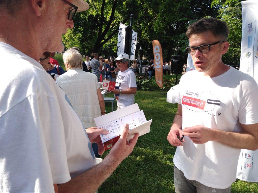 Tour de Konstytucja w Częstochowie. Zobacz, jak wyglądał piknik pod Dębem Konstytucji w Parku 3 Maja. 9