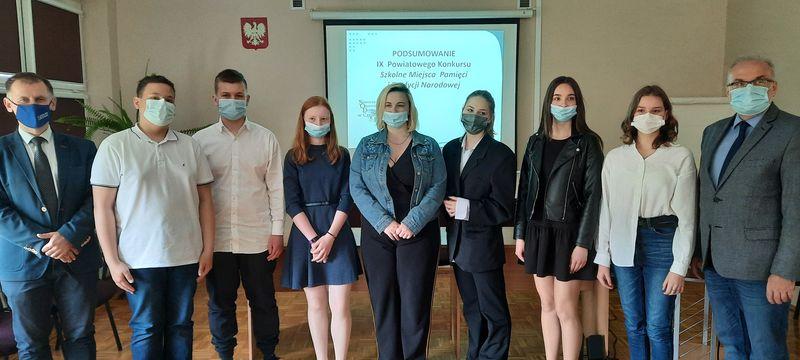 Częstochowscy uczniowie pamiętają o historii i tradycji 2