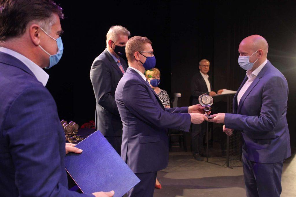 43 osoby otrzymały Nagrody Prezydenta Miasta Częstochowy za działalność w ochronie zdrowia [NAZWISKA] 8