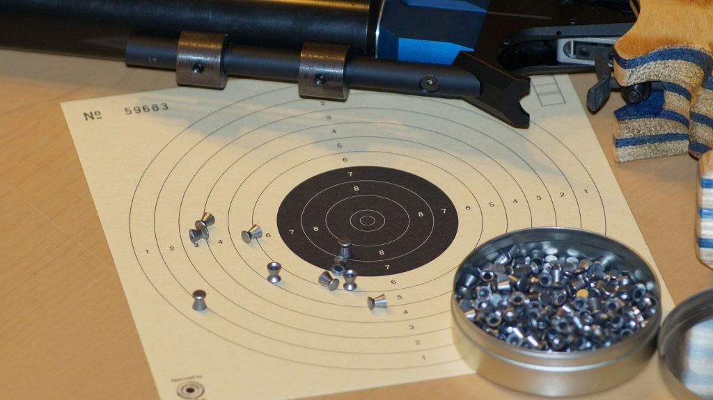 pistolet pneumatyczny pixabay.com