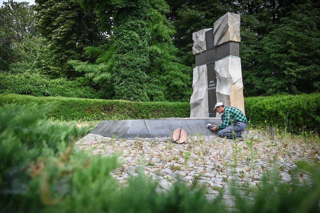 Częstochowskie pomniki i miejsca pamięci narodowej poddane konserwacji 3