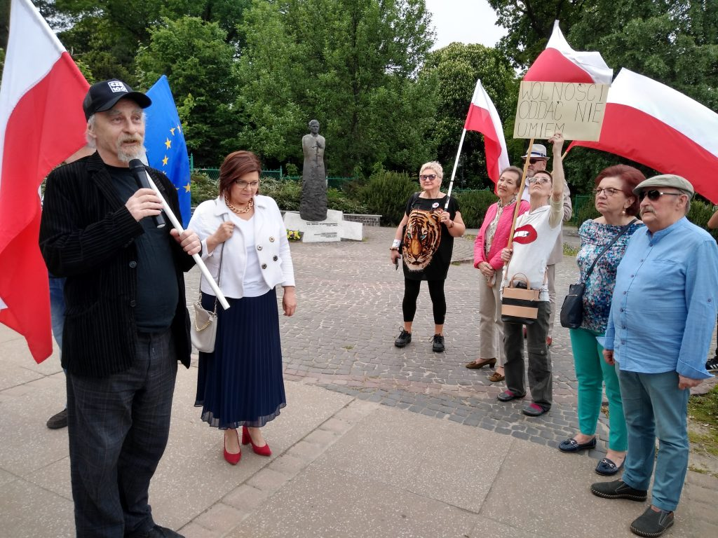 Przeszli ulicami Częstochowy, by przypomnieć, jak ważna jest wolność 13