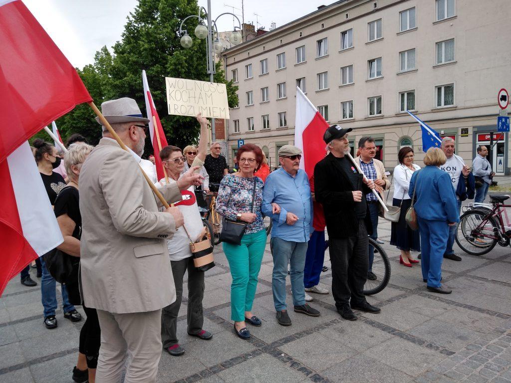 Przeszli ulicami Częstochowy, by przypomnieć, jak ważna jest wolność 7