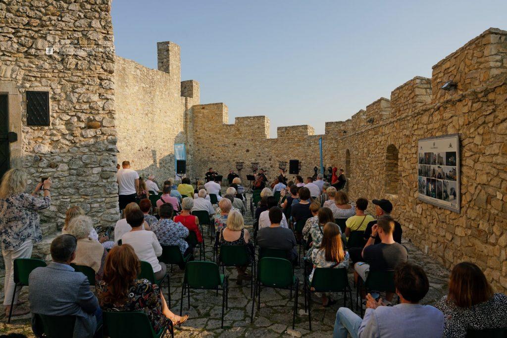 Letni Jurajski Festiwal Muzyczny zawitał do Bobolic. Teraz powróci na Stary Rynek 7