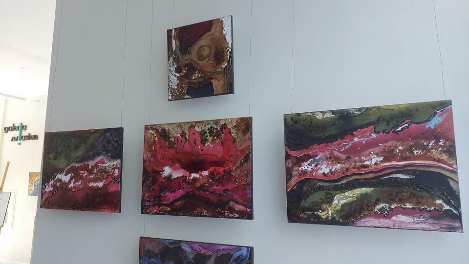 """""""Abstractio – status ontyczny"""". Malarstwo Anity Grobelak w częstochowskiej Galerii Zwiastun 1"""